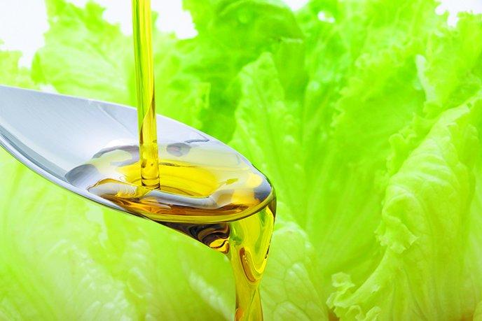 Oil spoon