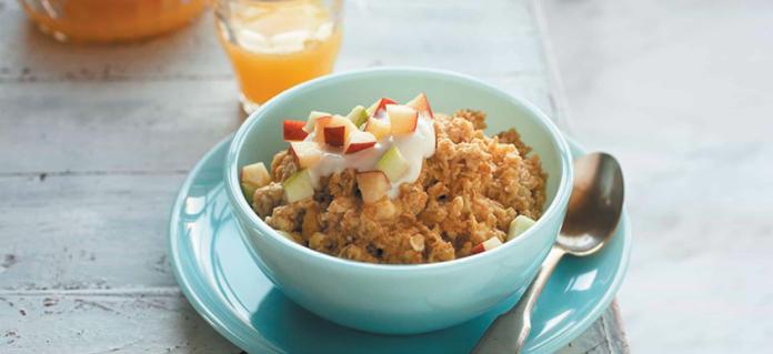 Easy Apple-Cinnamon Oat Breakfast Souffle